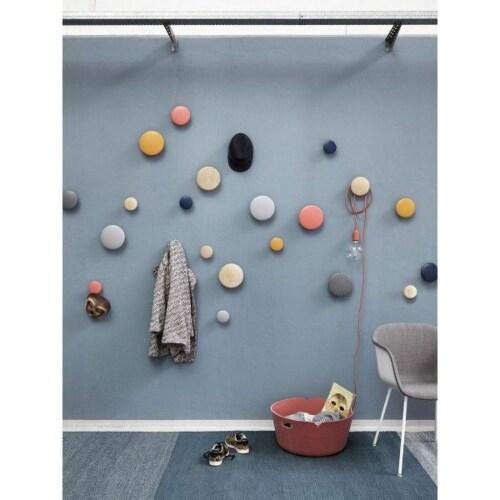 muuto Dots large wandhaak-Pale blue